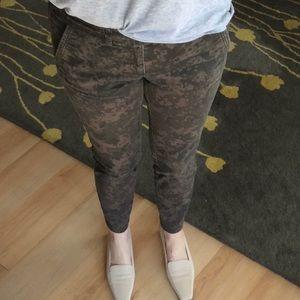 Digital Camouflage LOFT Twill Pant Size 4